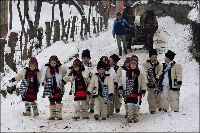 obiceiuri-si-traditii-de-iarna-in-muntenia