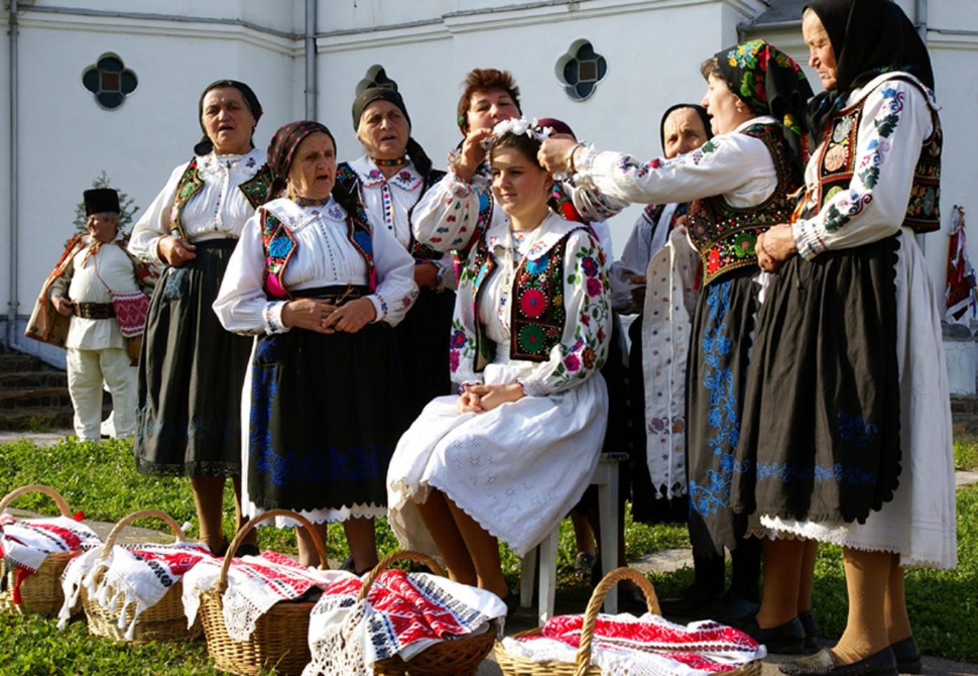traditii_si_obiceiuri_romanesti-negrea_eugen-nunta_1-11091