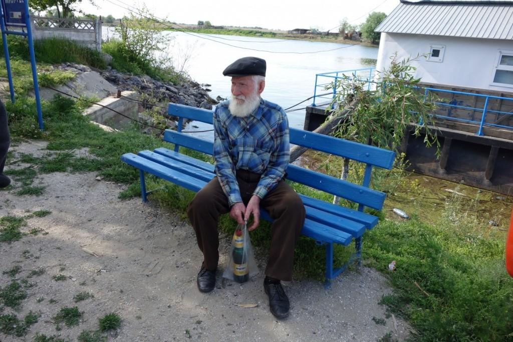 Cel mai in varsta pescar din Mila 23